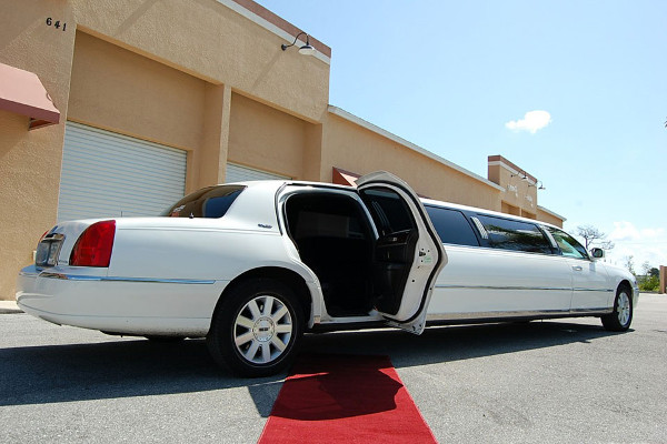 Wichita Lincoln Limos Rental